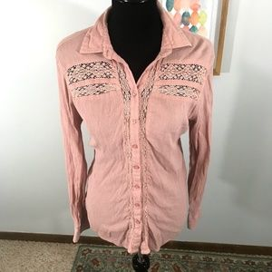 Cape Juby Button Down with Lace in Blush Pink L